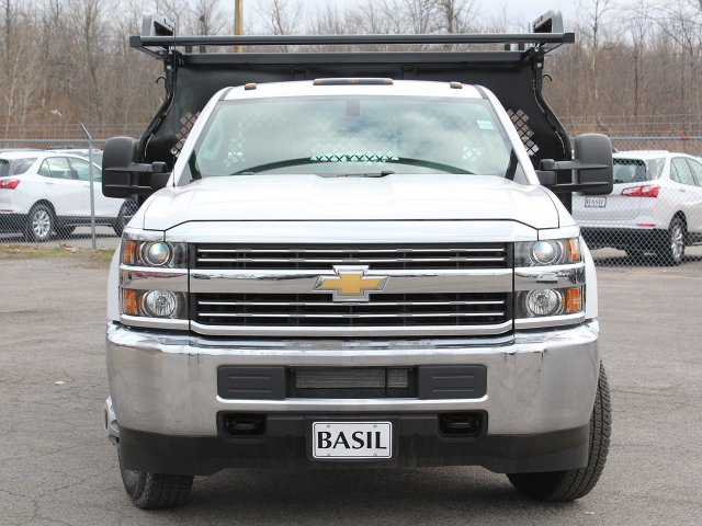 2017 Silverado 3500 Regular Cab DRW 4x4,  Knapheide Contractor Body #17C128T - photo 4