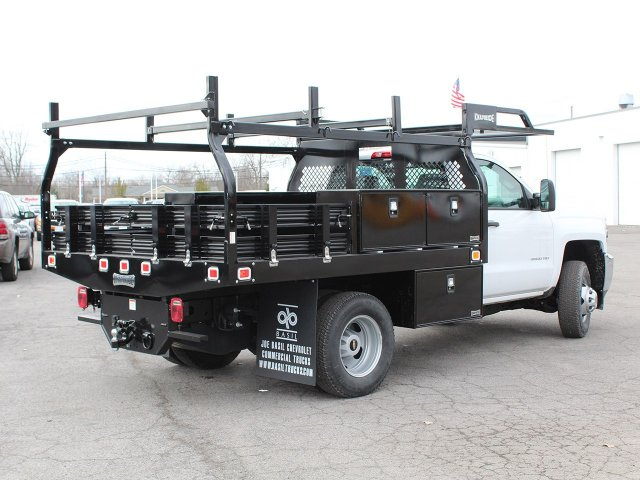 2017 Silverado 3500 Regular Cab DRW 4x4,  Knapheide Contractor Body #17C128T - photo 2