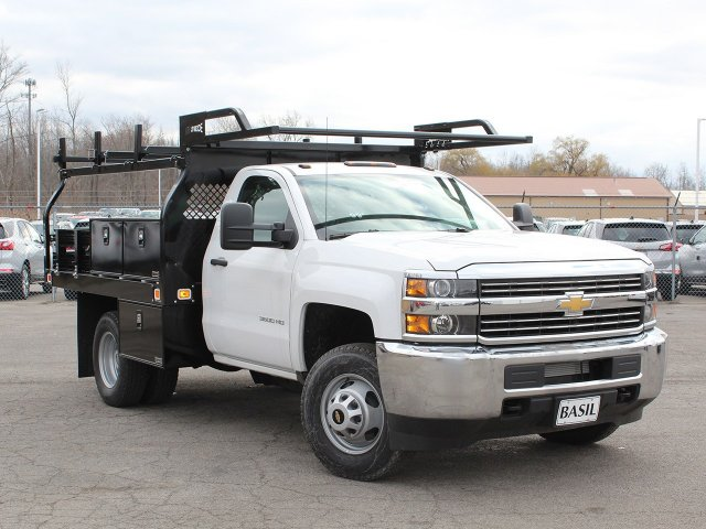 2017 Silverado 3500 Regular Cab DRW 4x4,  Knapheide Contractor Body #17C128T - photo 10