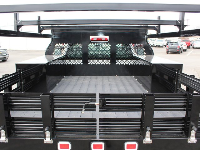 2017 Silverado 3500 Regular Cab DRW 4x4, Knapheide Contractor Body #17C128T - photo 18