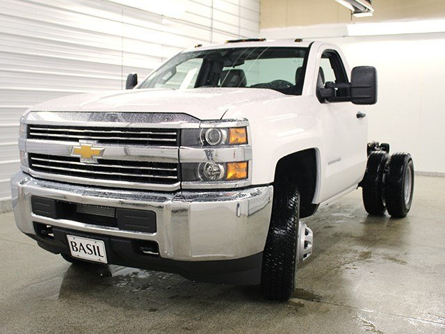 2017 Silverado 3500 Regular Cab 4x4 Cab Chassis #17C128T - photo 7