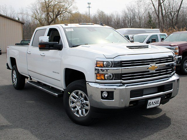2017 Silverado 3500 Crew Cab 4x4, Pickup #17C129T - photo 8