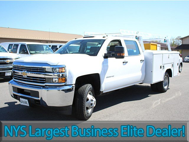 2017 Silverado 3500 Crew Cab 4x4, Reading Service Body #17C151T - photo 3