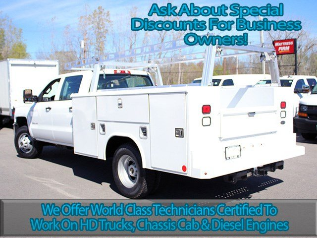 2017 Silverado 3500 Crew Cab 4x4, Reading Service Body #17C151T - photo 6