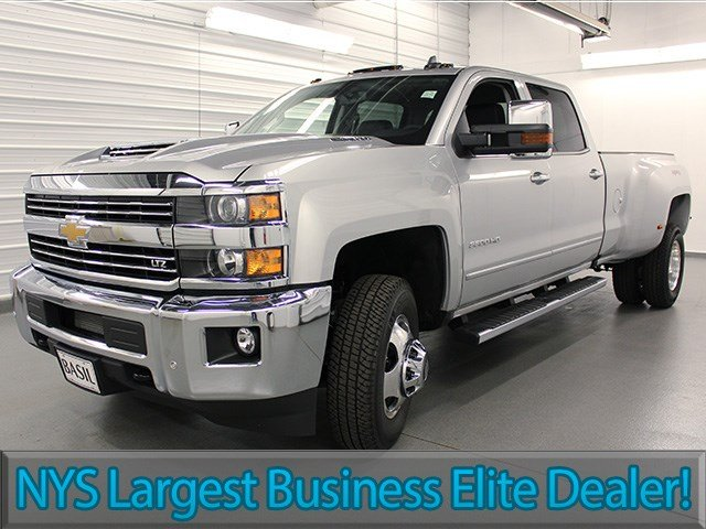 2017 Silverado 3500 Crew Cab 4x4, Pickup #17C197T - photo 3