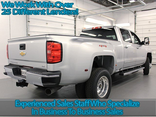 2017 Silverado 3500 Crew Cab 4x4, Pickup #17C197T - photo 2