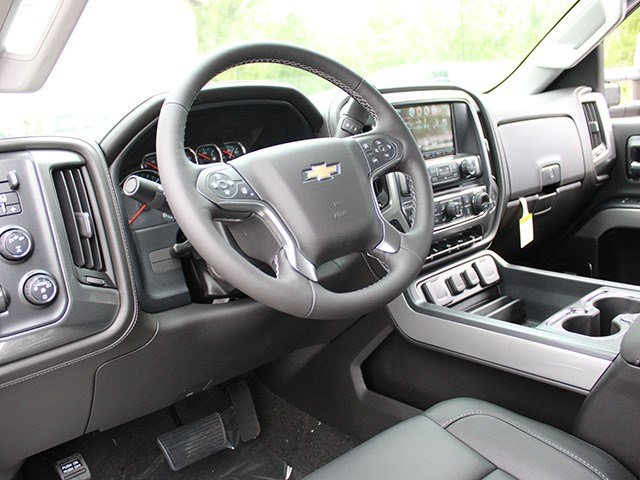 2017 Silverado 2500 Double Cab 4x4, Pickup #17C199T - photo 16