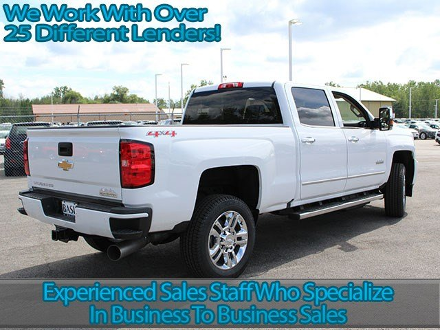 2017 Silverado 2500 Crew Cab 4x4, Pickup #17C222T - photo 2