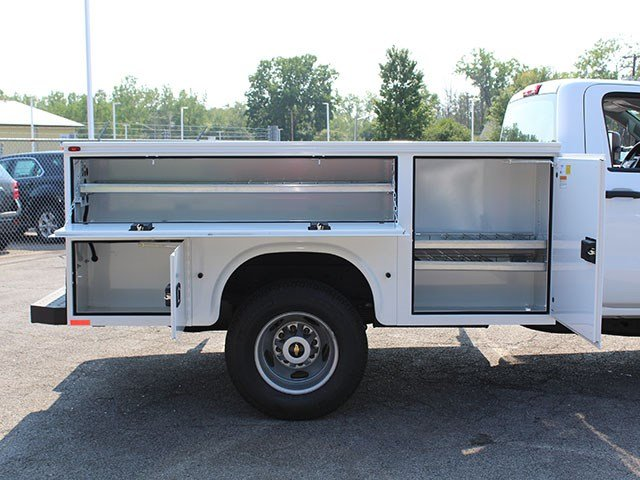 2017 Silverado 3500 Regular Cab DRW, Knapheide Service Body #17C224T - photo 9