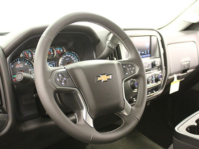 2017 Silverado 2500 Double Cab 4x4, Pickup #17C232T - photo 15