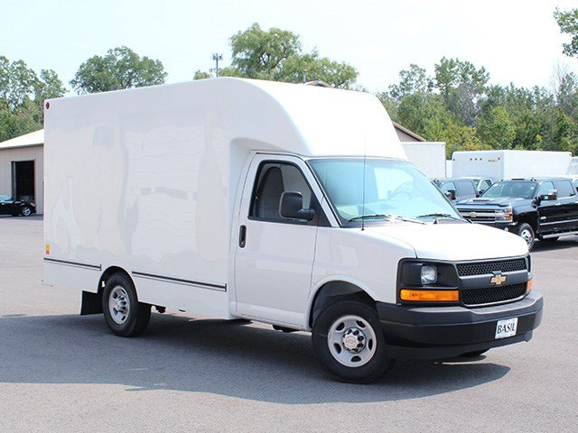 2017 Express 3500, Unicell Cutaway Van #17C254T - photo 4