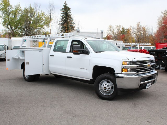 2017 Silverado 3500 Crew Cab 4x4 Service Body #17C256T - photo 18