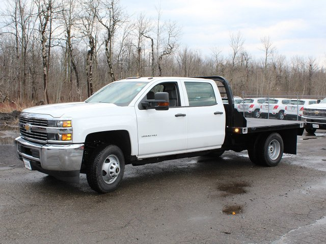 2017 Silverado 3500 Crew Cab DRW 4x4,  Reading Platform Body #17C259T - photo 5