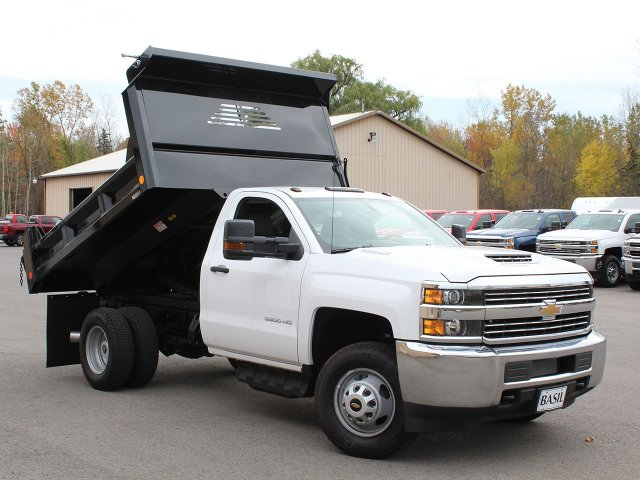 2017 Silverado 3500 Regular Cab DRW 4x4, Crysteel Dump Body #17C260T - photo 13