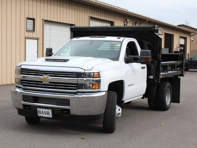 2017 Silverado 3500 Regular Cab DRW 4x4, Crysteel Dump Body #17C260T - photo 8