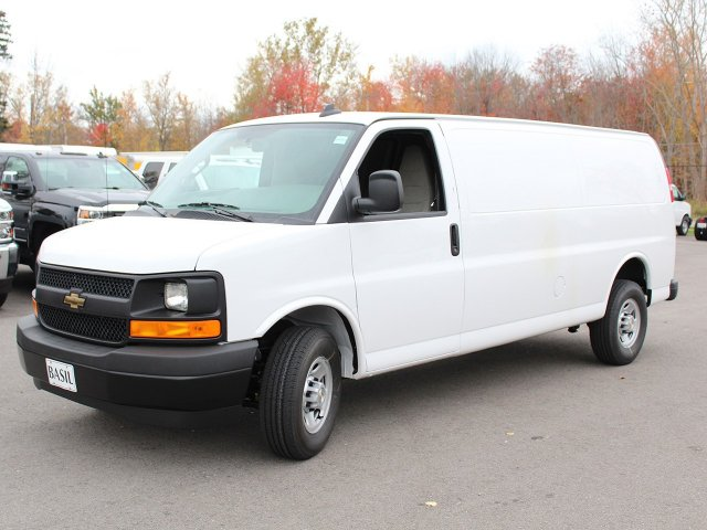 2017 Express 3500 Cargo Van #17C275T - photo 5