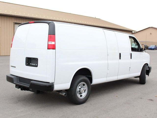 2017 Express 3500 Cargo Van #17C275T - photo 3