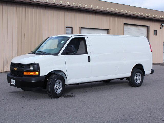 2017 Express 3500 Cargo Van #17C276T - photo 5