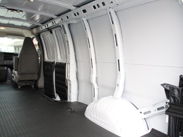 2017 Express 3500 Cargo Van #17C285T - photo 10