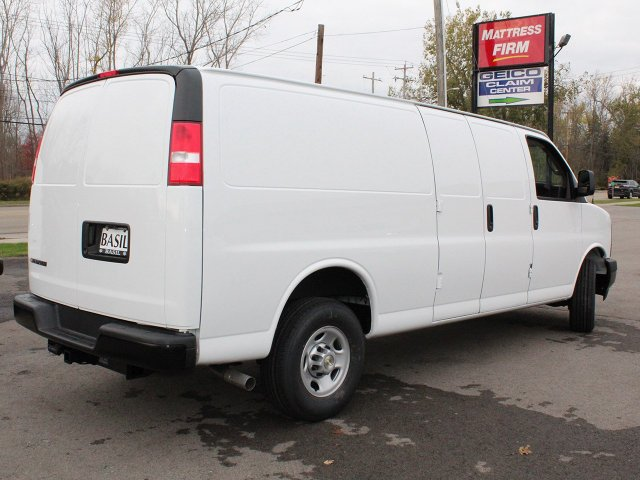 2017 Express 3500 Cargo Van #17C285T - photo 3