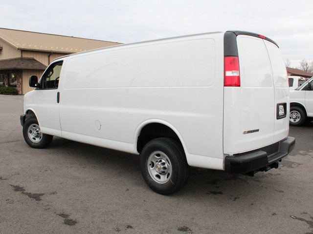 2017 Express 3500 Cargo Van #17C285T - photo 7