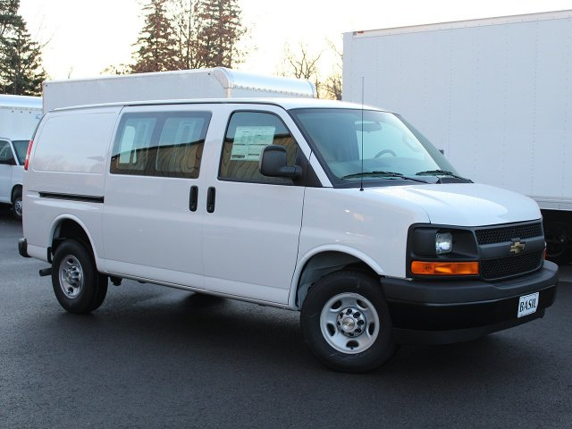 2017 Express 2500 Cargo Van #17C288T - photo 4