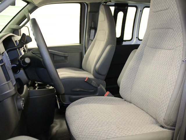 2017 Express 2500 Cargo Van #17C289T - photo 22