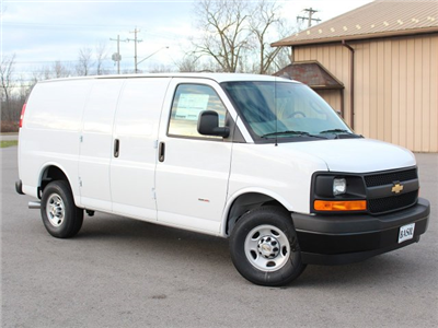 2017 Express 3500 Cargo Van #17C291T - photo 4
