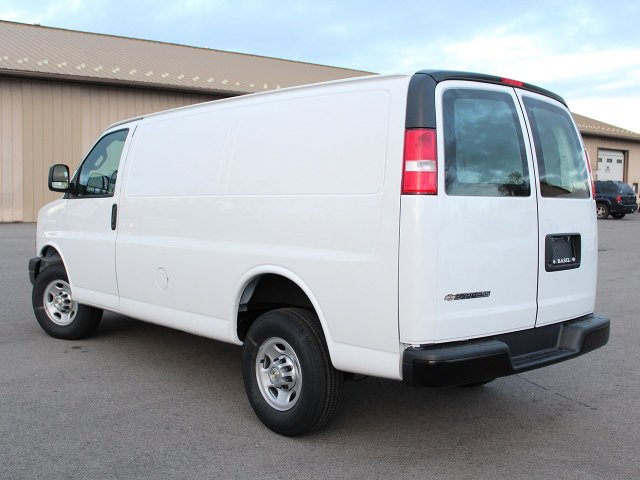 2017 Express 2500 Cargo Van #17C294T - photo 8
