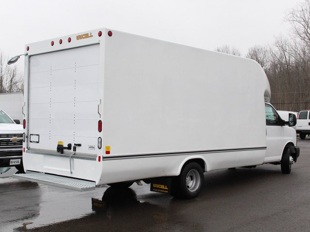 2017 Express 3500, Unicell Cutaway Van #17C300T - photo 2