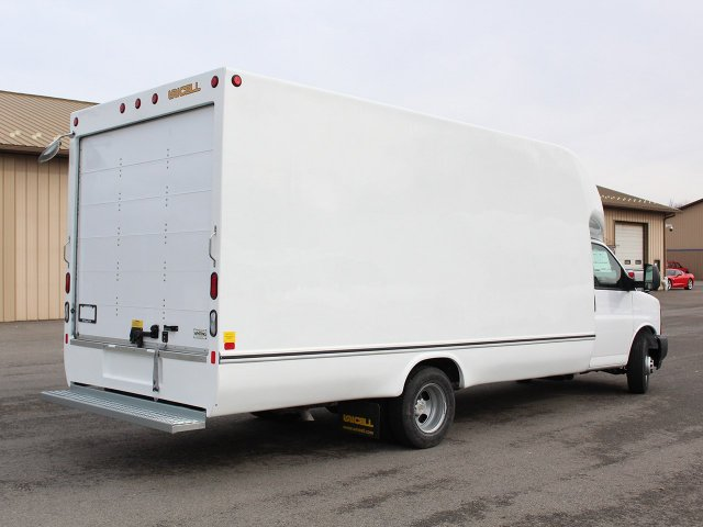 2017 Express 3500, Unicell Cutaway Van #17C311T - photo 2