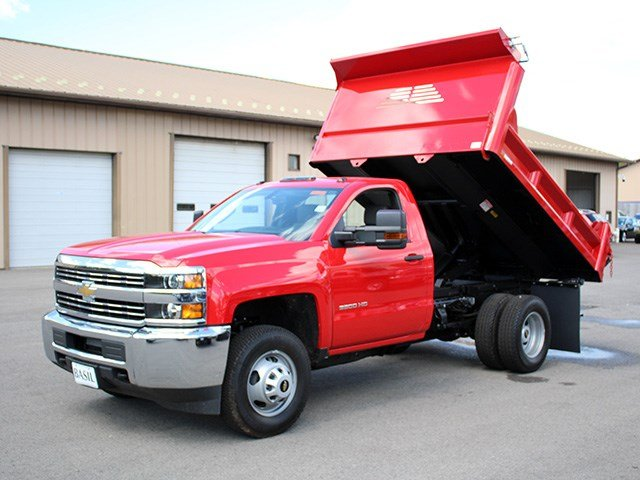 2017 Silverado 3500 Regular Cab DRW 4x4, Crysteel Dump Body #17C36T - photo 24