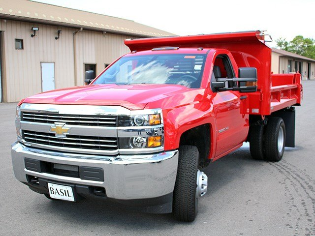 2017 Silverado 3500 Regular Cab DRW 4x4, Crysteel Dump Body #17C36T - photo 7
