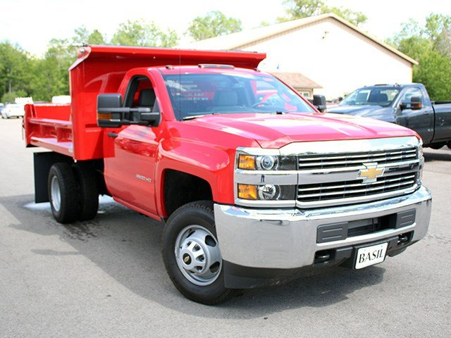 2017 Silverado 3500 Regular Cab DRW 4x4, Crysteel Dump Body #17C36T - photo 8