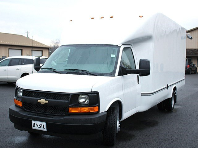 2017 Express 3500, Unicell Cutaway Van #17C45T - photo 7