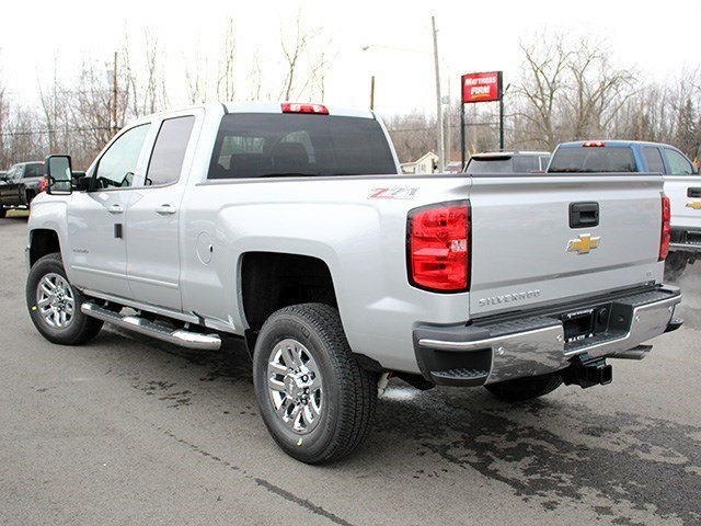 2017 Silverado 2500 Double Cab 4x4, Pickup #17C57T - photo 6