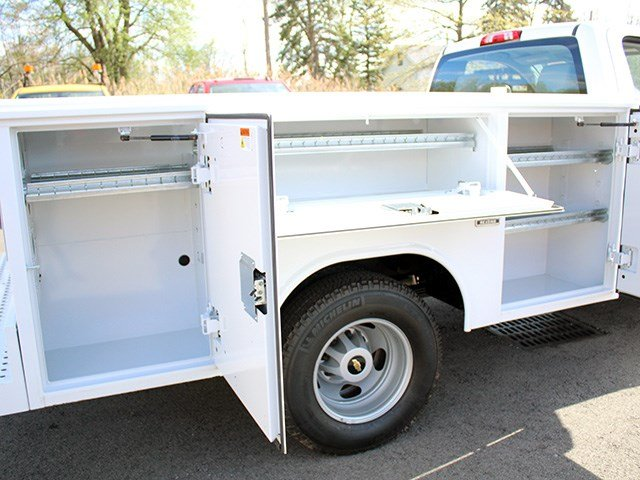 2017 Silverado 3500 Regular Cab DRW 4x4, Reading Service Body #17C62T - photo 10