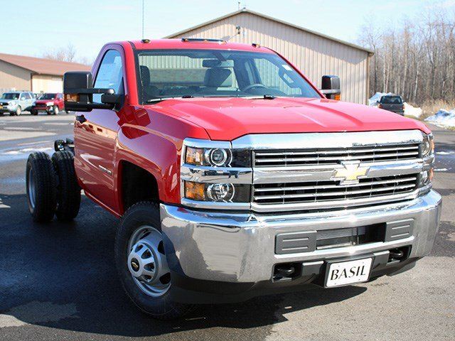 2017 Silverado 3500 Regular Cab 4x4, Cab Chassis #17C76T - photo 8