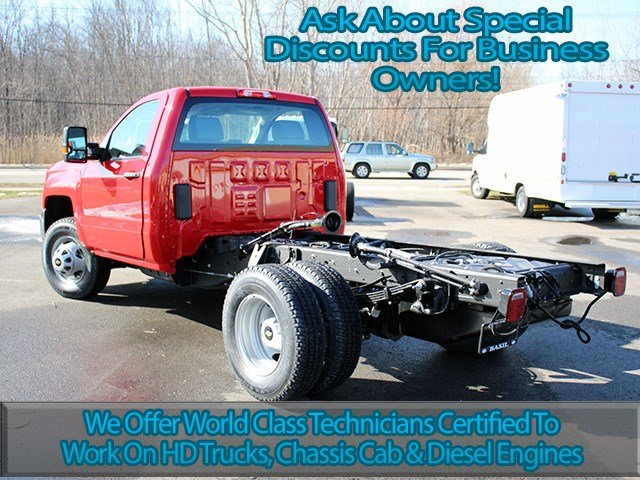 2017 Silverado 3500 Regular Cab 4x4, Cab Chassis #17C76T - photo 6