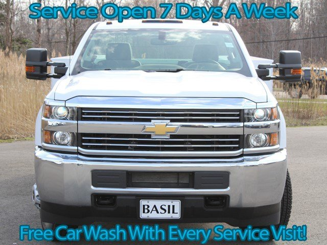 2017 Silverado 3500 Regular Cab, Knapheide Service Body #17C96T - photo 4