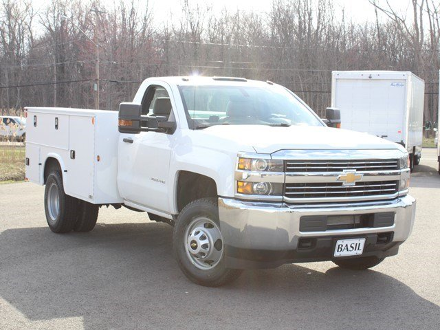 2017 Silverado 3500 Regular Cab, Knapheide Service Body #17C96T - photo 8