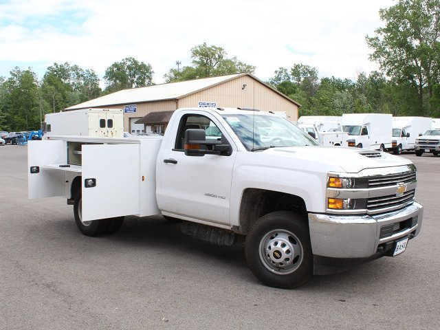2018 Silverado 3500 Regular Cab DRW 4x4,  Knapheide Service Body #18C120T - photo 19