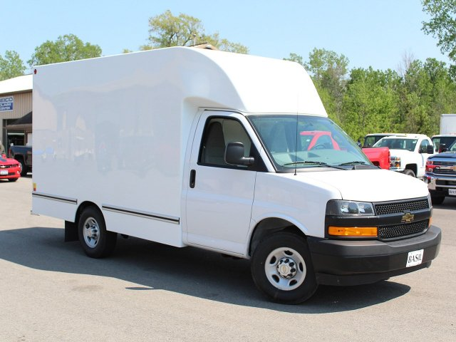 2018 Express 3500, Cutaway Van #18C143T - photo 3