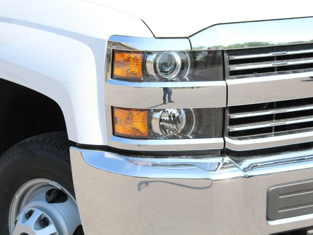 2018 Silverado 3500 Crew Cab DRW 4x4, Service Body #18C144T - photo 26
