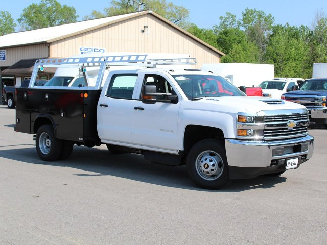 2018 Silverado 3500 Crew Cab DRW 4x4, Service Body #18C144T - photo 3