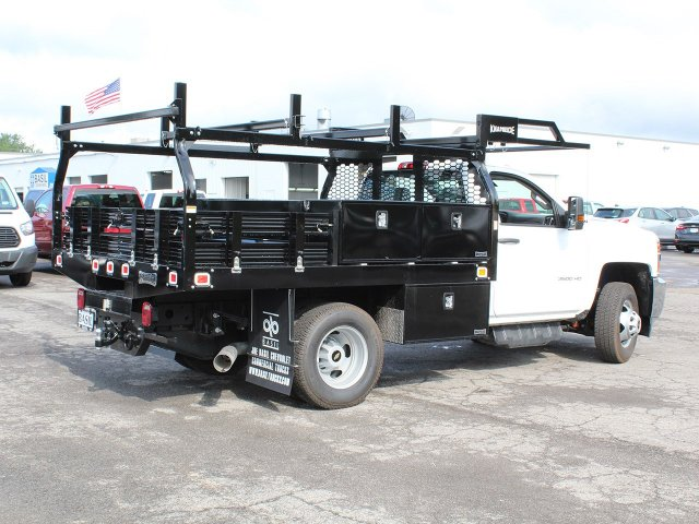 2018 Silverado 3500 Regular Cab DRW 4x4,  Knapheide Contractor Body #18C169T - photo 2