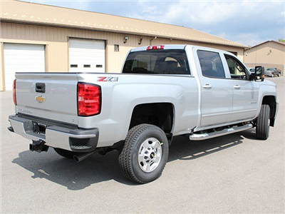 2018 Silverado 2500 Crew Cab 4x4 Pickup #18C16T - photo 2