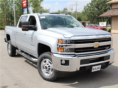 2018 Silverado 2500 Crew Cab 4x4 Pickup #18C16T - photo 9