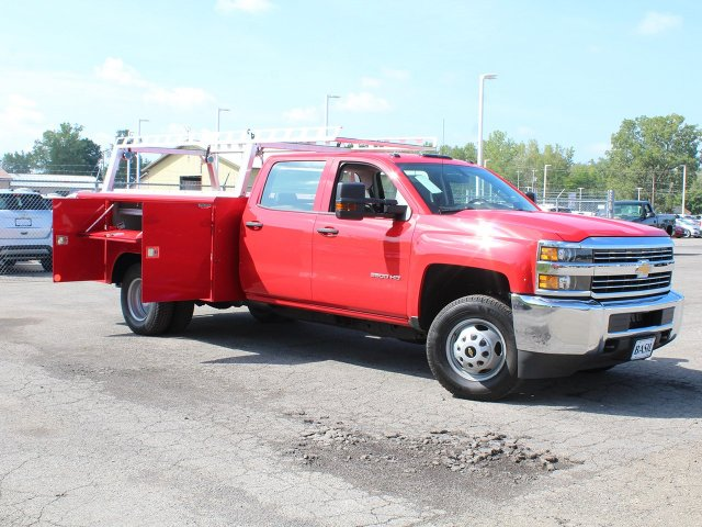 2018 Silverado 3500 Crew Cab DRW 4x4,  Reading Service Body #18C172T - photo 14