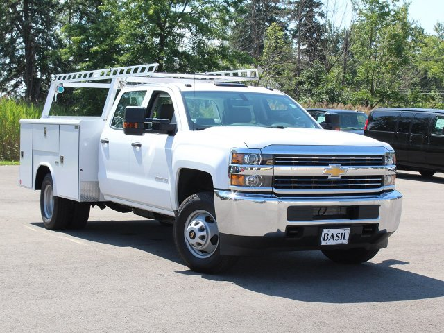 2018 Silverado 3500 Crew Cab DRW 4x4,  Reading Service Body #18C173T - photo 10